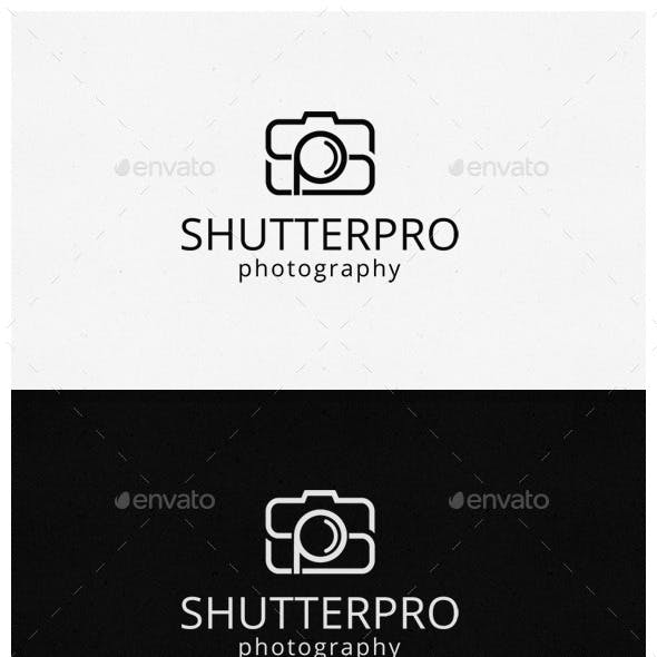Initial Photography Logo