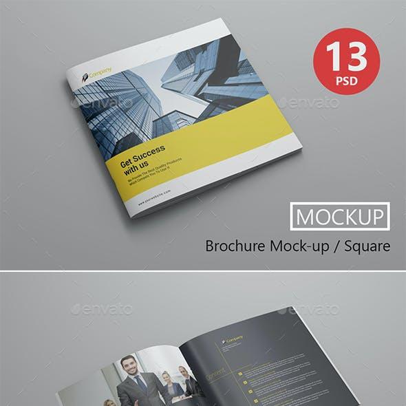 Brochure Mockup / Square