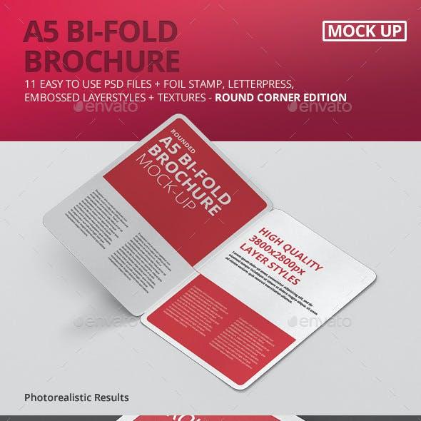 A5 Bi-Fold Brochure Mock-Up - Round Corner