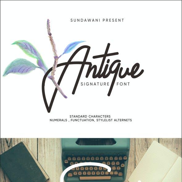 Antique Signature Typeface