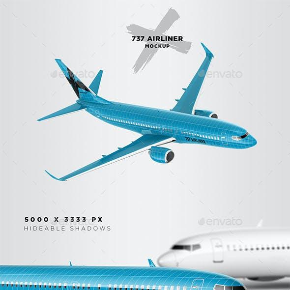 737 Jet Airliner Mockup - Passenger & Cargo