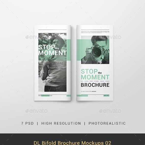 DL Bifold Brochure Mockups 02