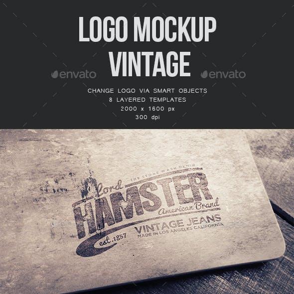 Logo Mockup Vintage