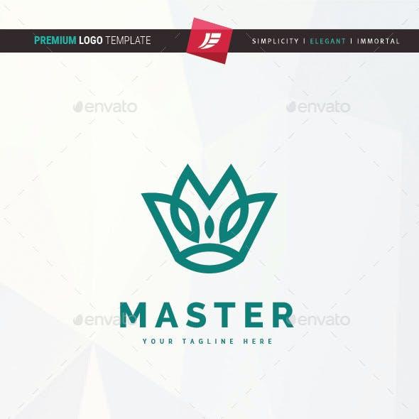 Master Crown Logo