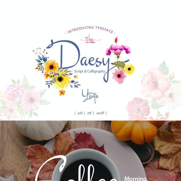 Daesy Script Challigrapy Font