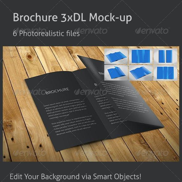 Realistic 3xDL Flyer Mockup