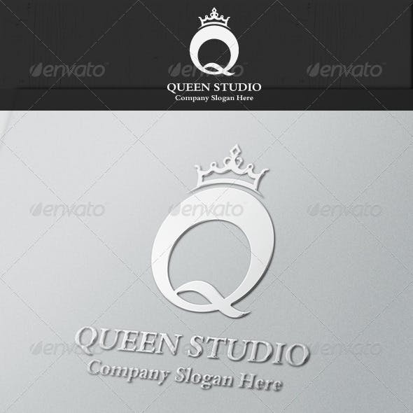 Queen Royal Studio logo