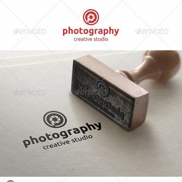 Photography Studio Logo Letter P