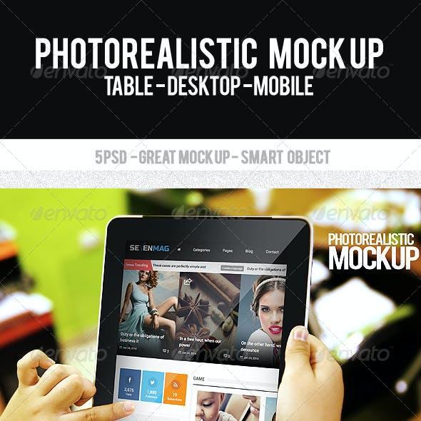 Photorealistic Mock Up Display Web